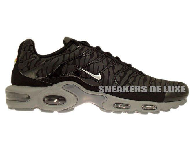 eafeee36de7 604133-087 Nike Air Max Plus TN 1 Black   Metallic Silver-Black ...