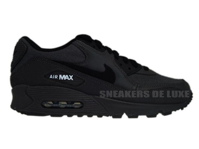 Nike Air Max 90 Essential | Black | Sneakers | 537384 032